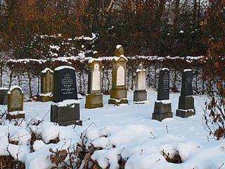 Meerbusch-Friedhof