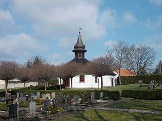 schöne günstige Grabsteine in Leuna Steinmetz Urnengrab Einzelgrab Doppelgrabstein schöne Grabmäler
