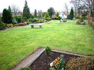 Bergkamen-Friedhof-heil
