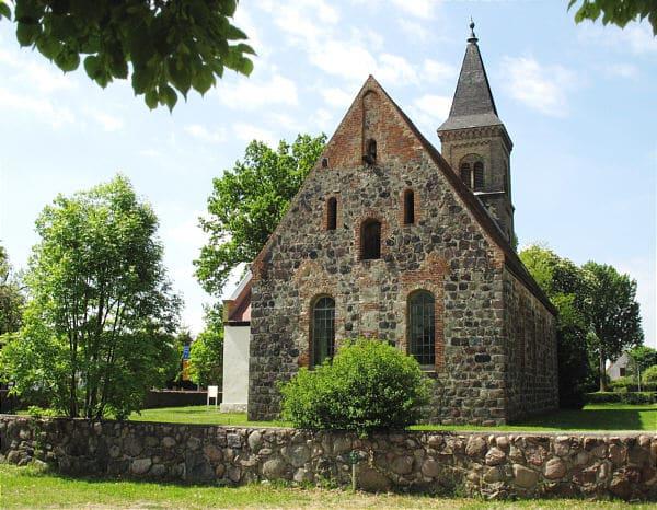 schöne günstige Grabsteine in Mühlenbecker Land Steinmetz Urnengrab Einzelgrab Doppelgrabstein schöne Grabmäler
