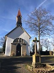 schöne günstige Grabsteine in Bisingen Steinmetz Urnengrab Einzelgrab Doppelgrabstein schöne Grabmäler