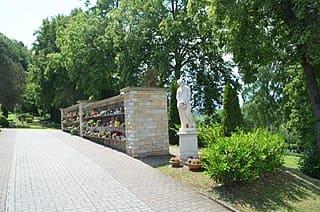 schöne günstige Grabsteine in Braunfels Steinmetz Urnengrab Einzelgrab Doppelgrabstein schöne Grabmäler