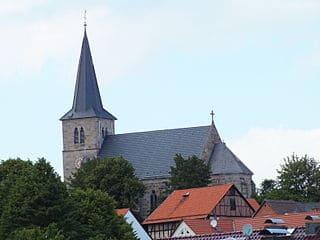 schöne günstige Grabsteine in Schauenburg Steinmetz Urnengrab Einzelgrab Doppelgrabstein schöne Grabmäler