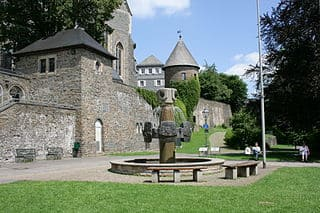 Olpe-Geschichtsbrunnen