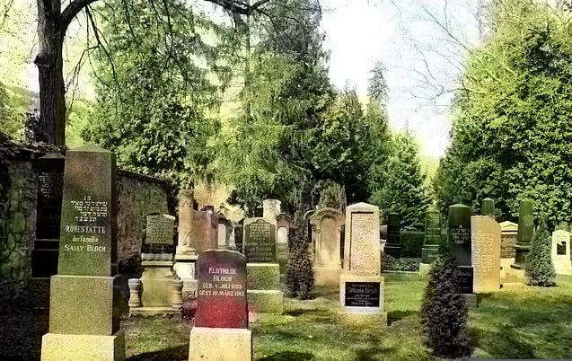 schöne günstige Grabsteine in Kirn Steinmetz Urnengrab Einzelgrab Doppelgrabstein schöne Grabmäler