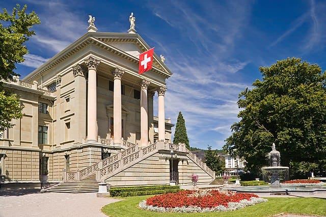 schöne günstige Grabsteine in Winterthur Steinmetz Urnengrab Einzelgrab Doppelgrabstein schöne Grabmäler