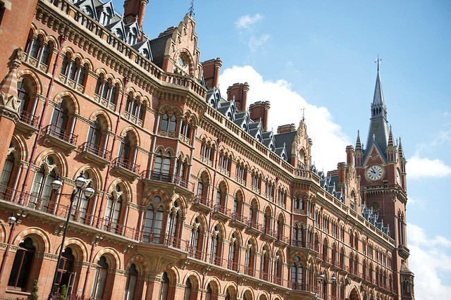 St Pancras station was the backdrop for a Harry Potter flying Ford Anglia scene