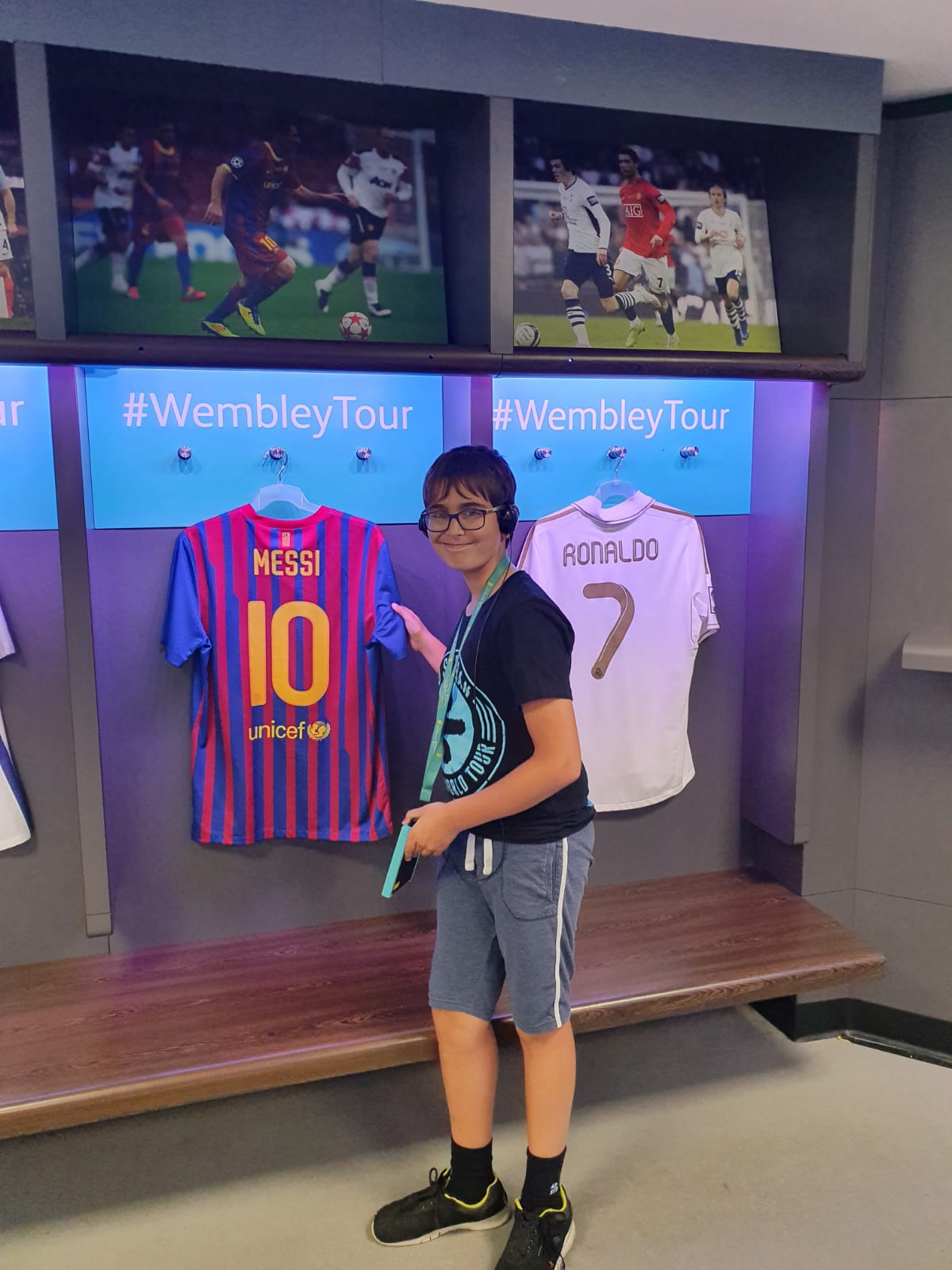 Young fan in the Football Hall of Fame