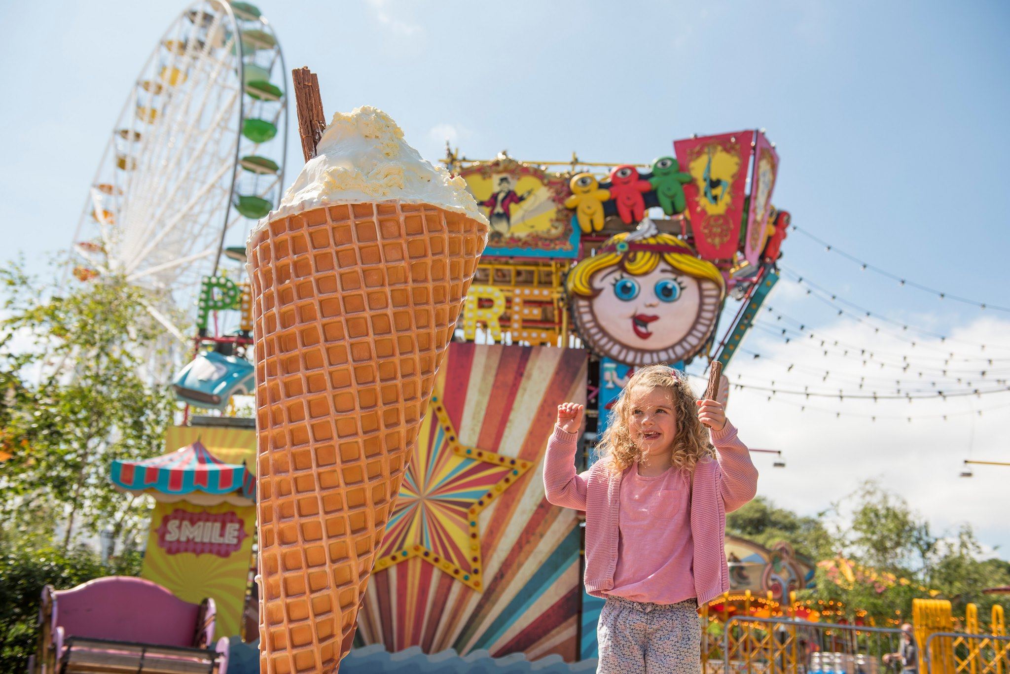 girl eating ice cream at dreamland margate discounted tickets