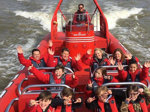 Family fun on Thames Rockets!