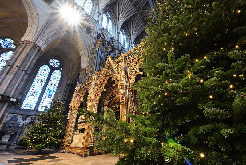 Westminster Abbey is stunning at Christmas