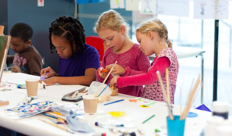 unicorn theatre free crafts sessions