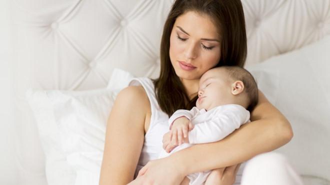 viêm tuyến Bartholin khi cho con bú phải làm sao