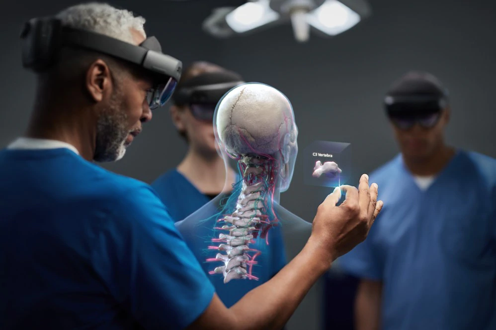 Microsoft HoloLens 2 used in healthcare