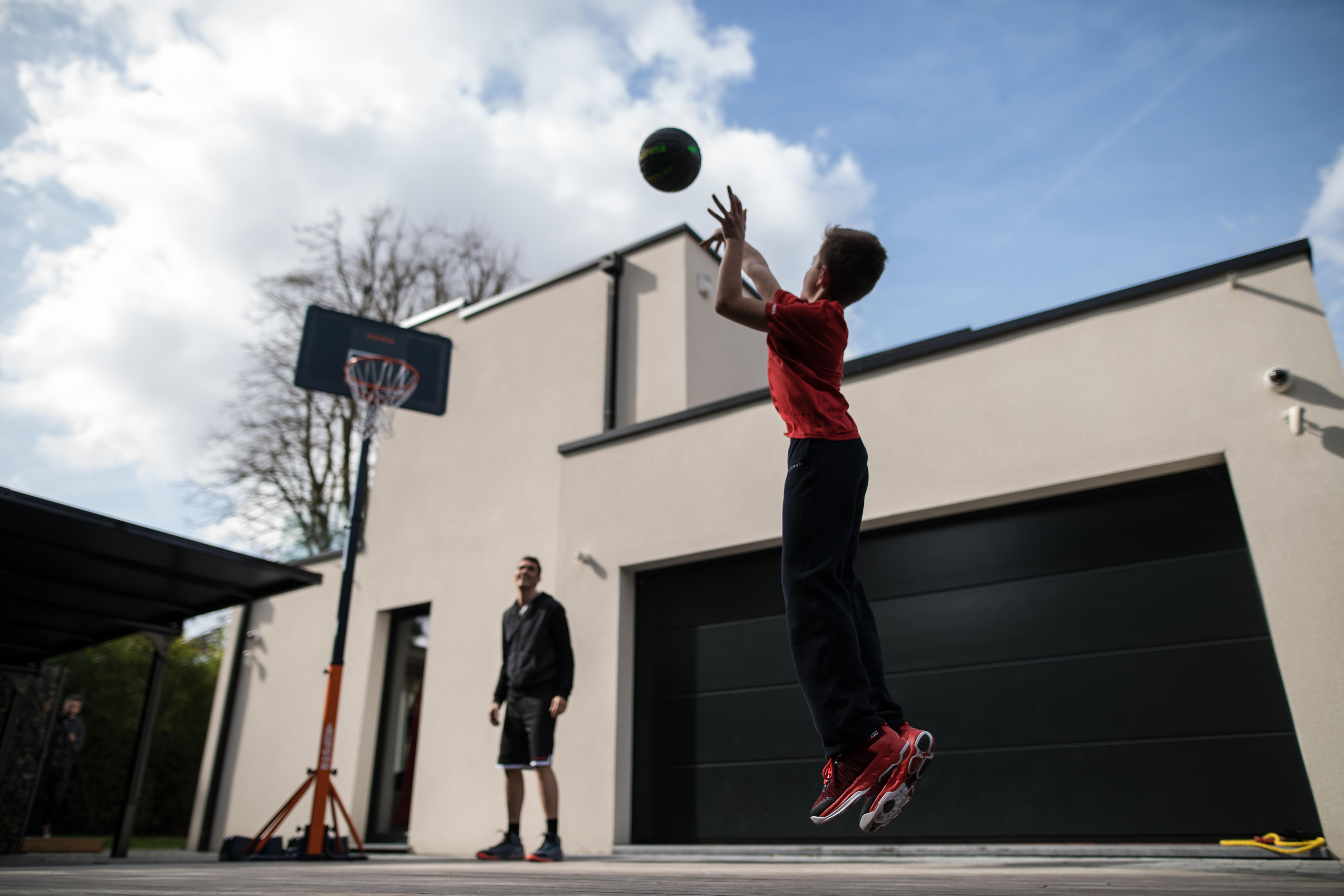 WHAT ARE THE BENEFITS OF BASKETBALL?