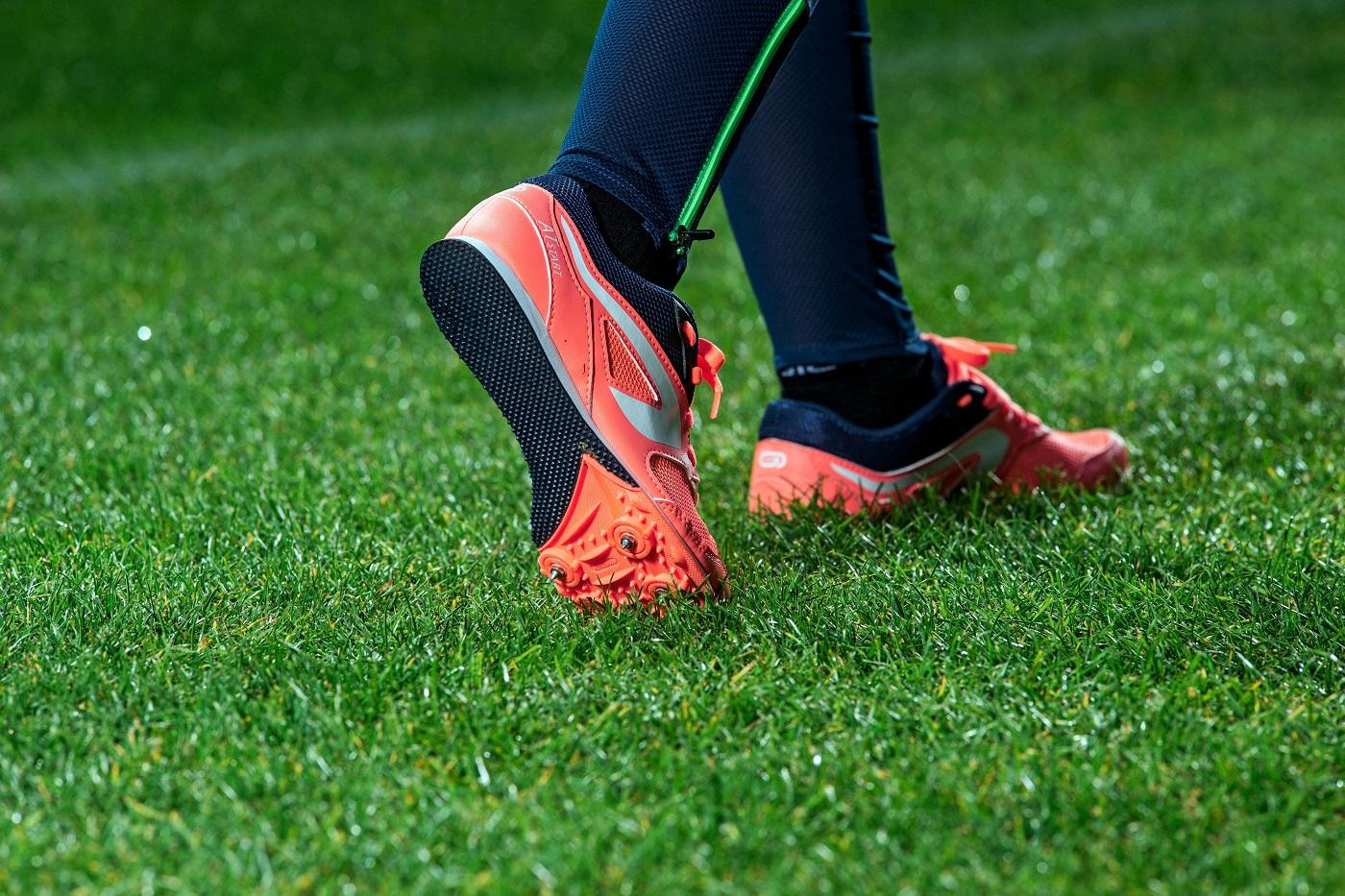 How To Choose Your Running Spikes (Beginner's Guide)