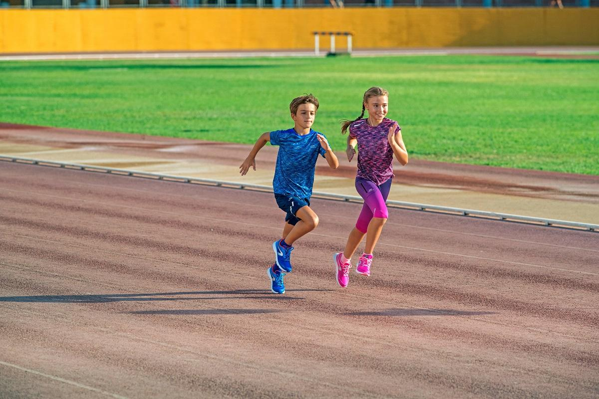 How To Choose Your Kid's Running Shoes (Buyer's Guide)
