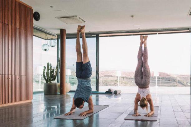 man & women doing exercises