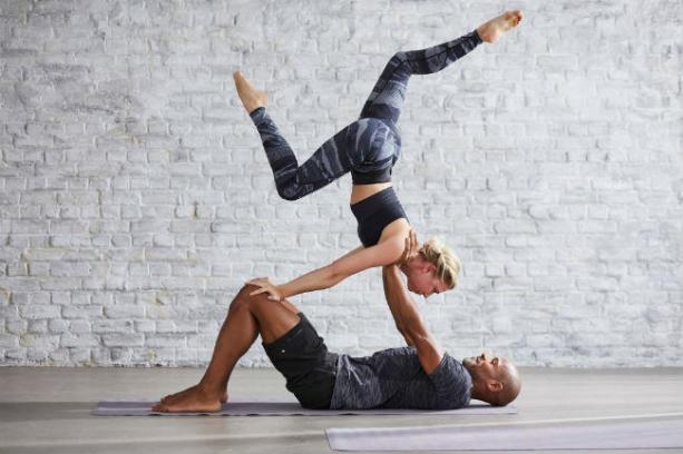 man & women in balance improving posture