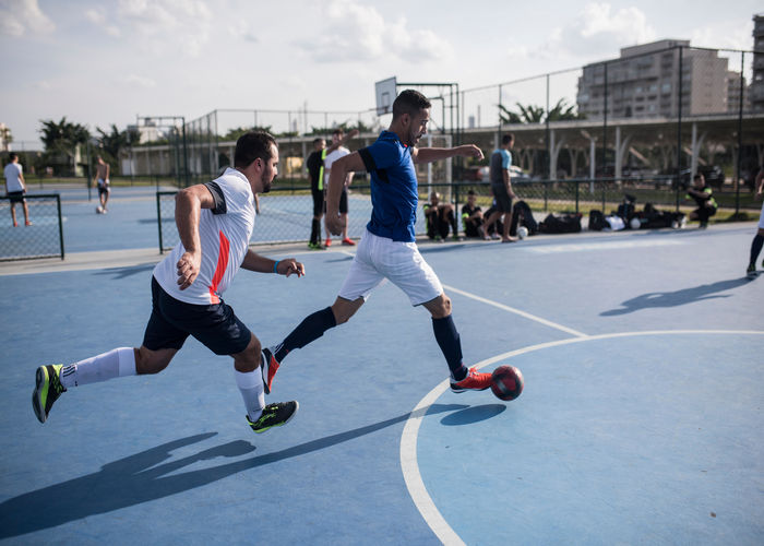 Football Skills and Techniques Required - Decathlon