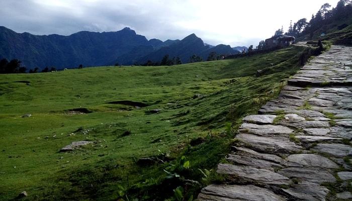trekking in Indian himalayas, chandrashila peak