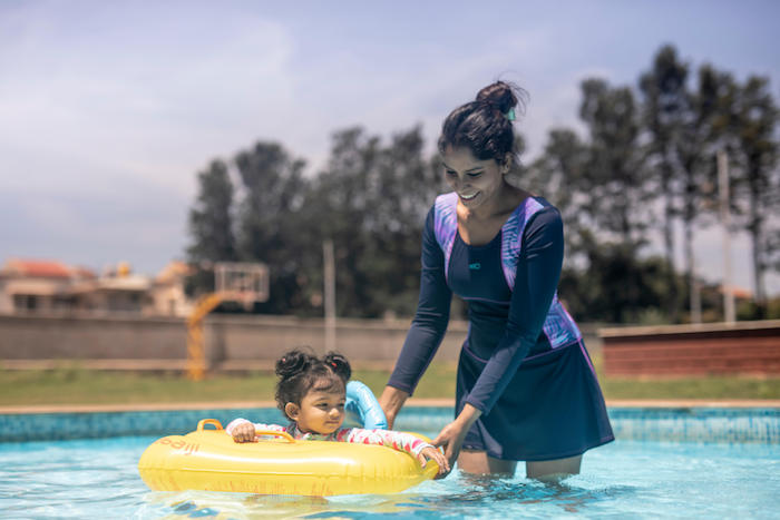 How babies can overcome their fear of water