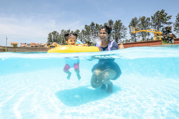 Help children to overcome fear of water