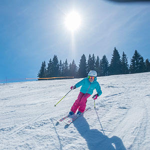 skiing for strengthening the muscles
