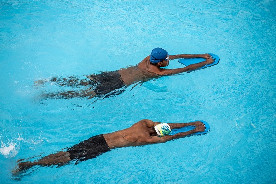 Are you a double-jointed swimmer?