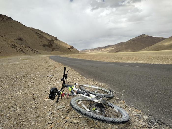 cycling to leh