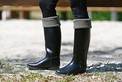 RIDING BOOTS BASED ON WEATHER CONDITIONS