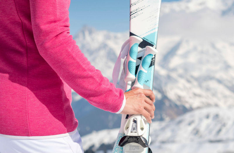 ‍Protect the base of skis and snowboards