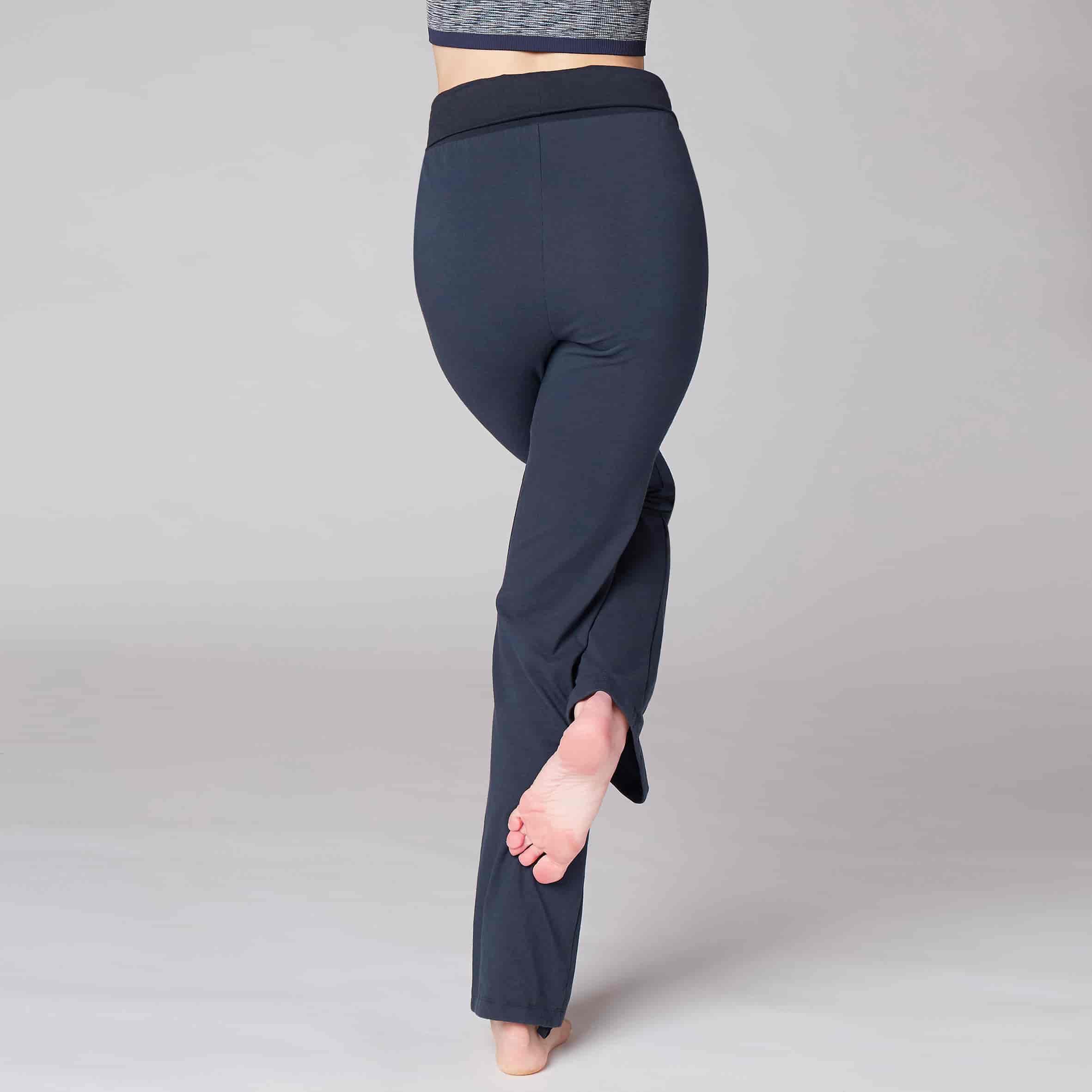 girl wearing comfortable bottom