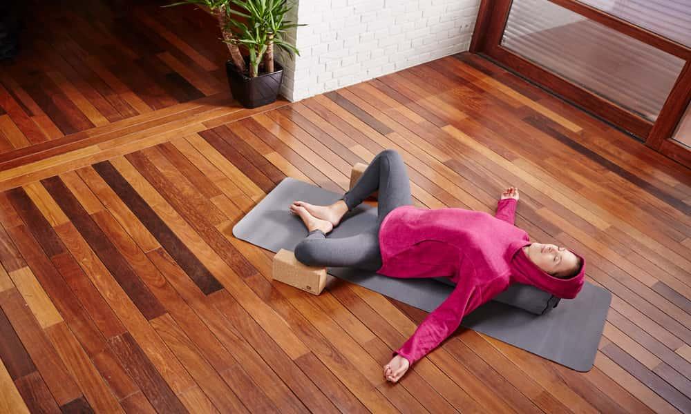 girl wearing a yoga top