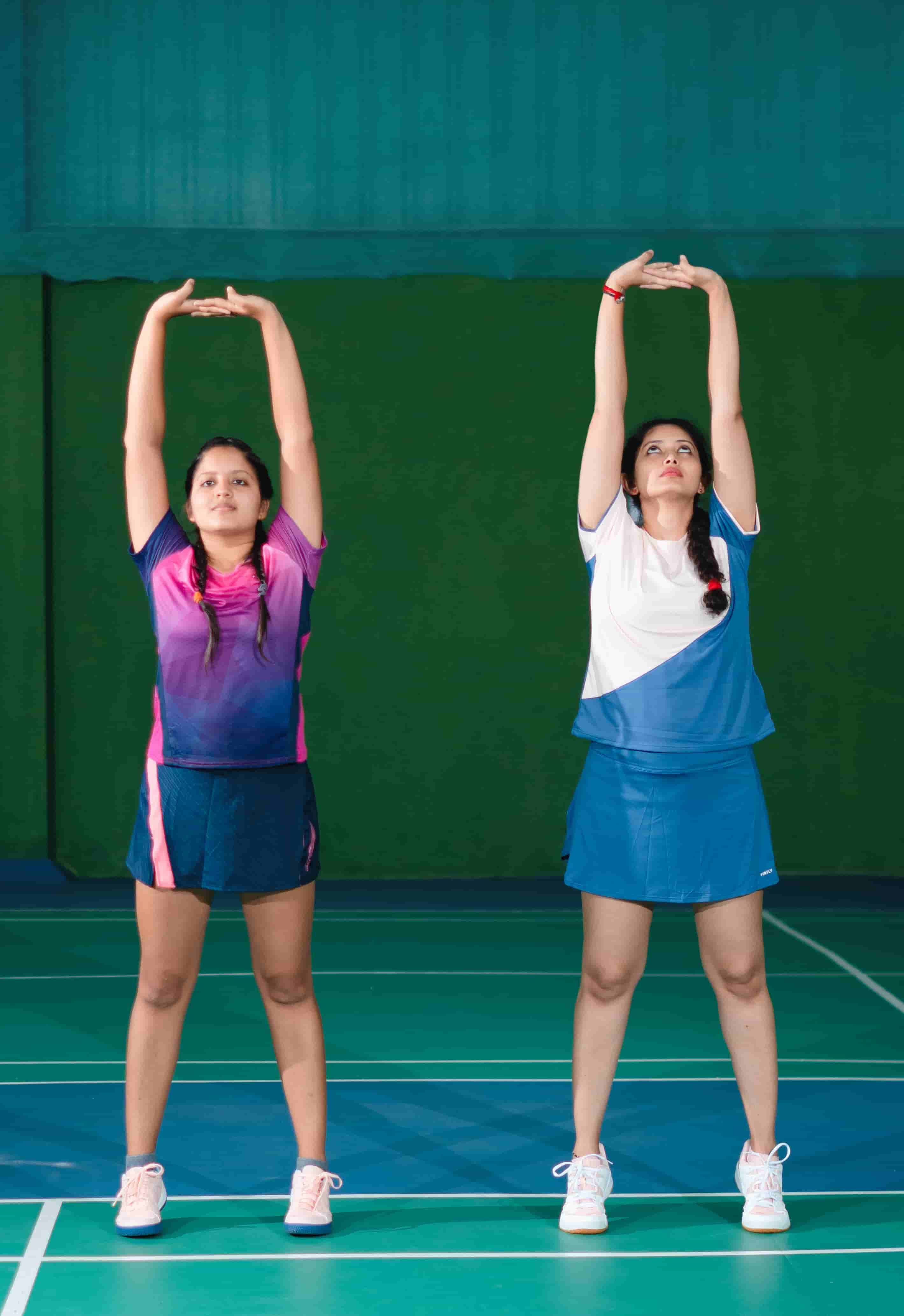 6 Best stretches to do after badminton workout - Blog Decathlon