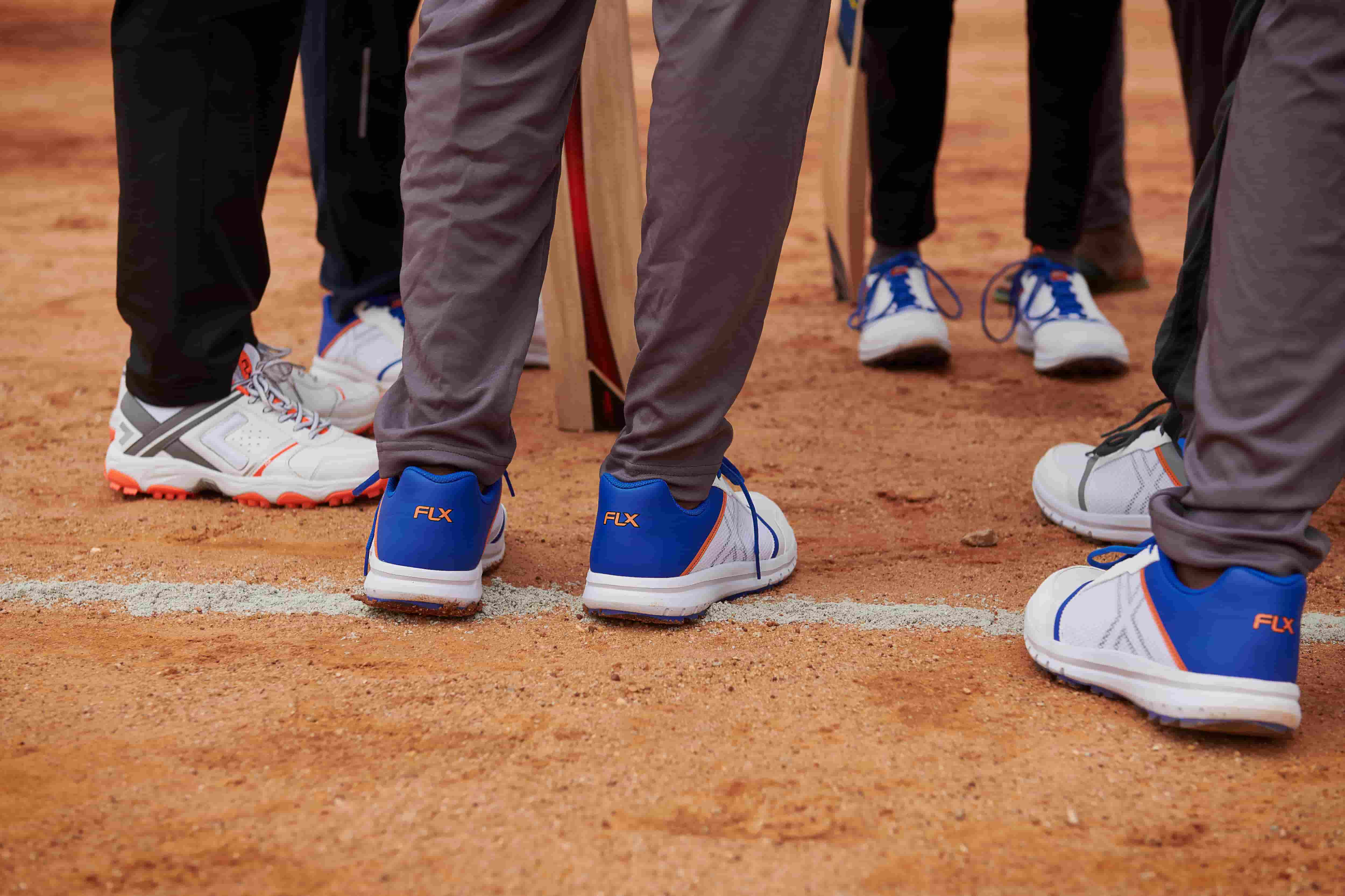 How To Choose The Right Cricket Shoes For You?