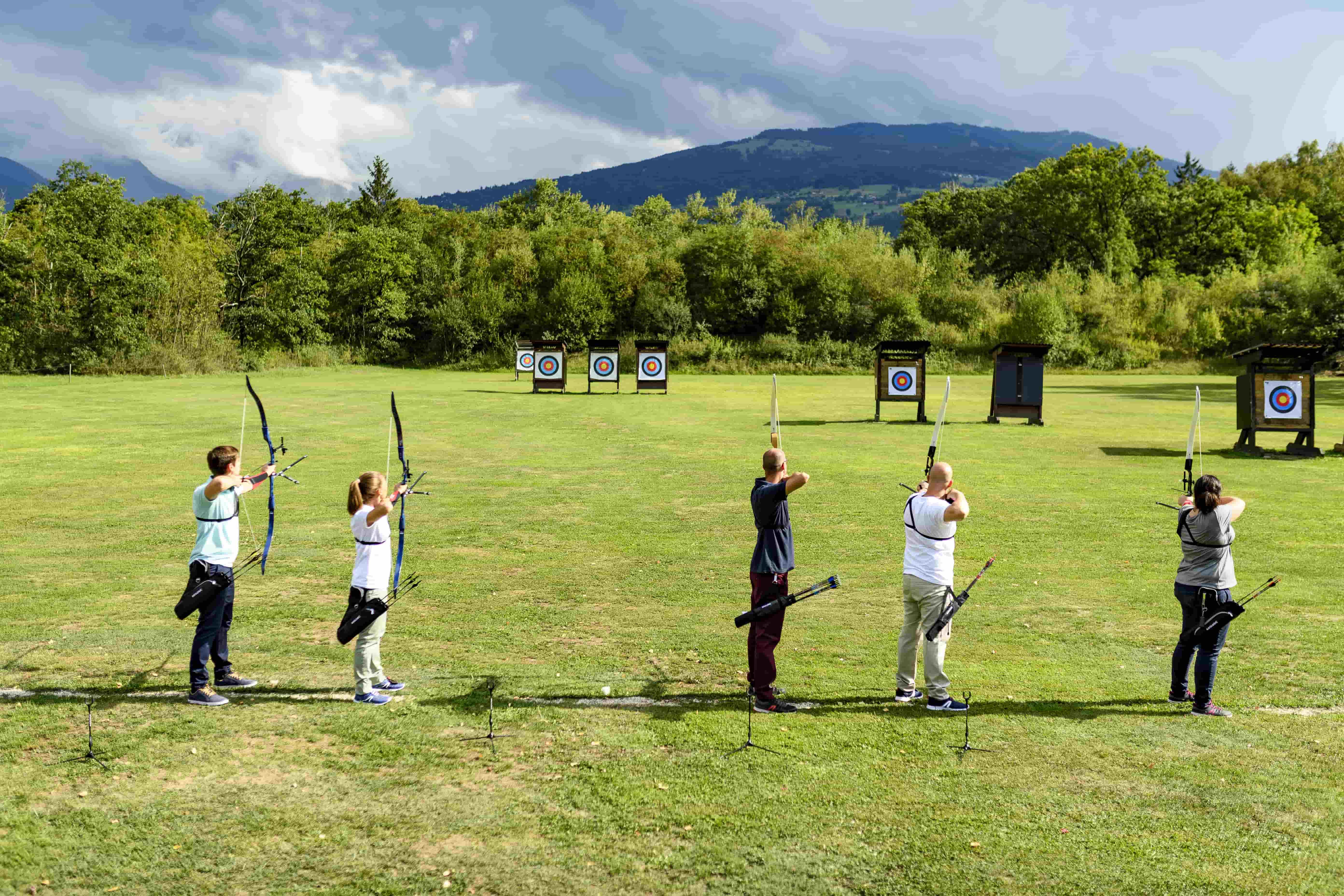 4 Crucial Archery Essentials for Beginners   Blog Decathlon