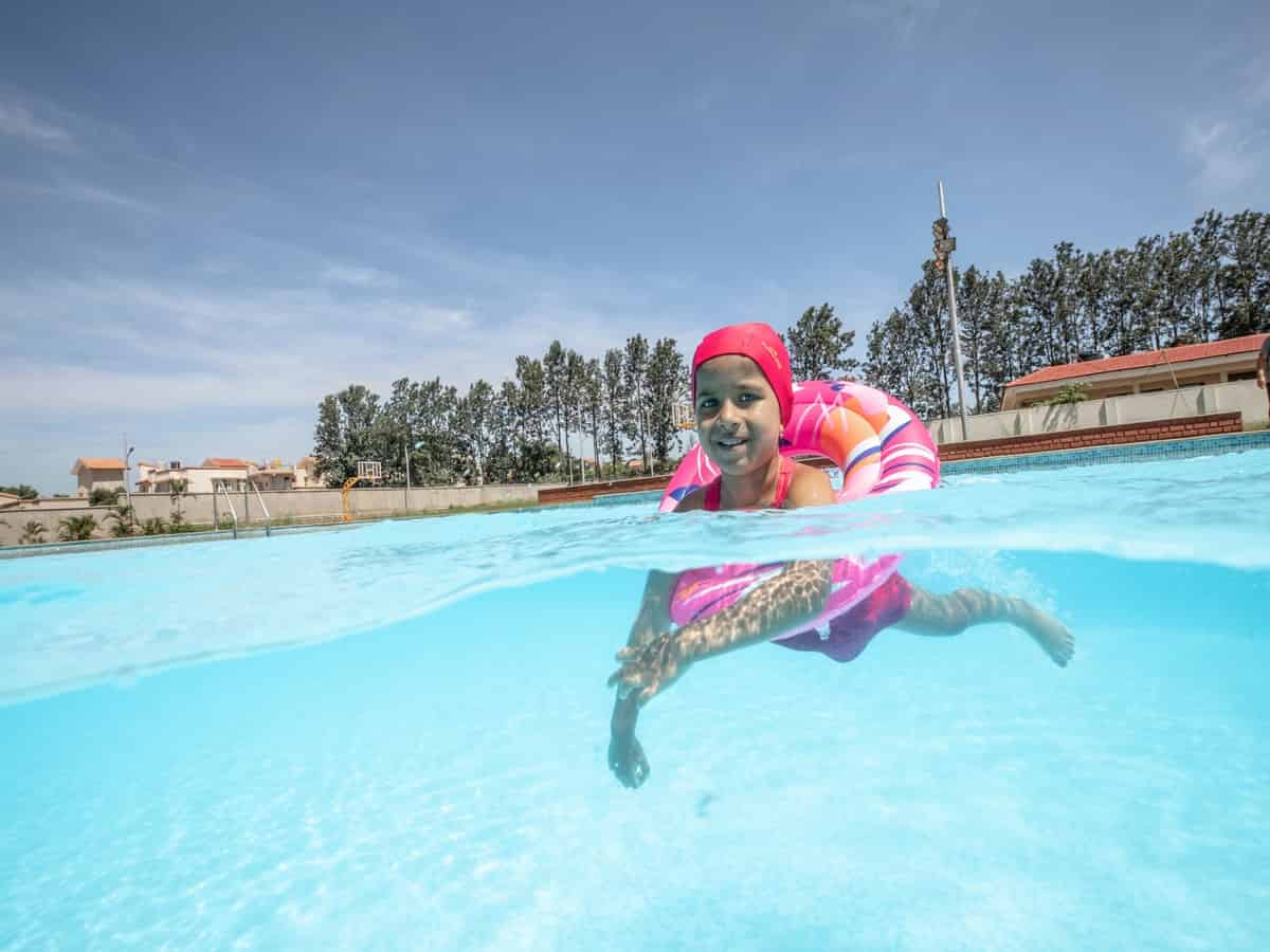 9 Swimming Safety Tips to Follow