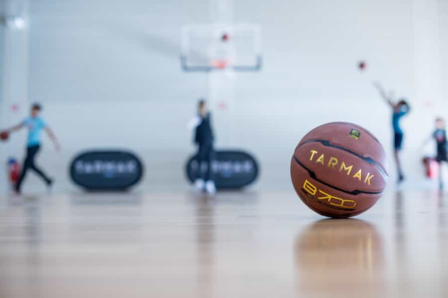 How To Play Basketball? (Learn With Videos) - Decathlon Blog