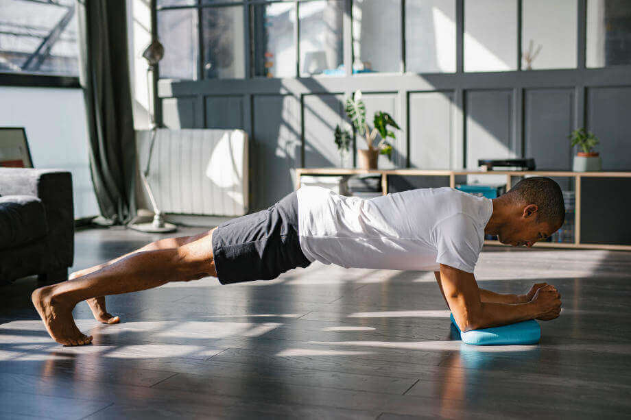 Perfect Plank Exercise - How to do Plank for Best Results - Decathlon