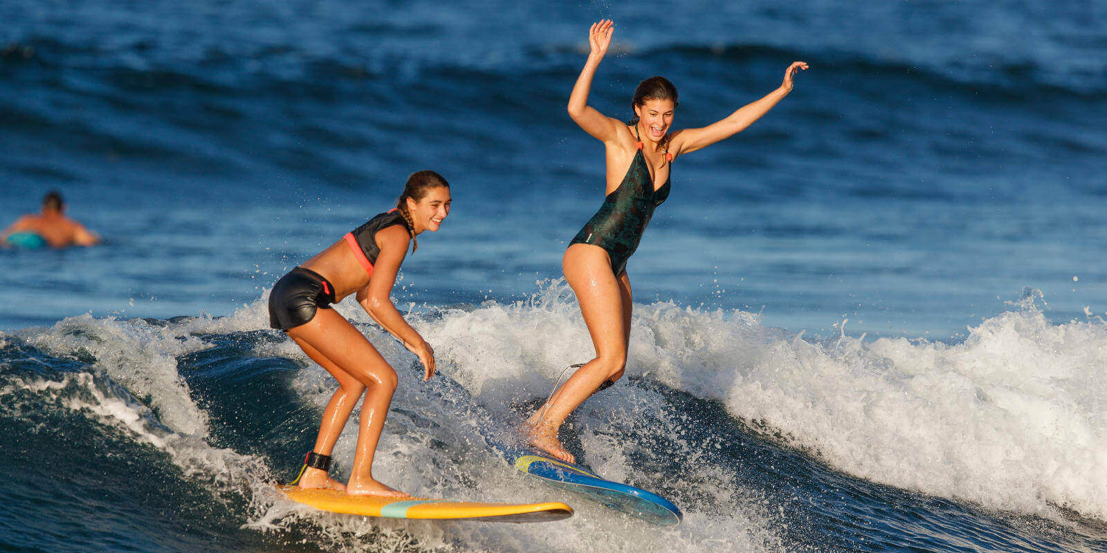 THE RULES IN PRIORITY FOR SURFING AND BODYBOARDING