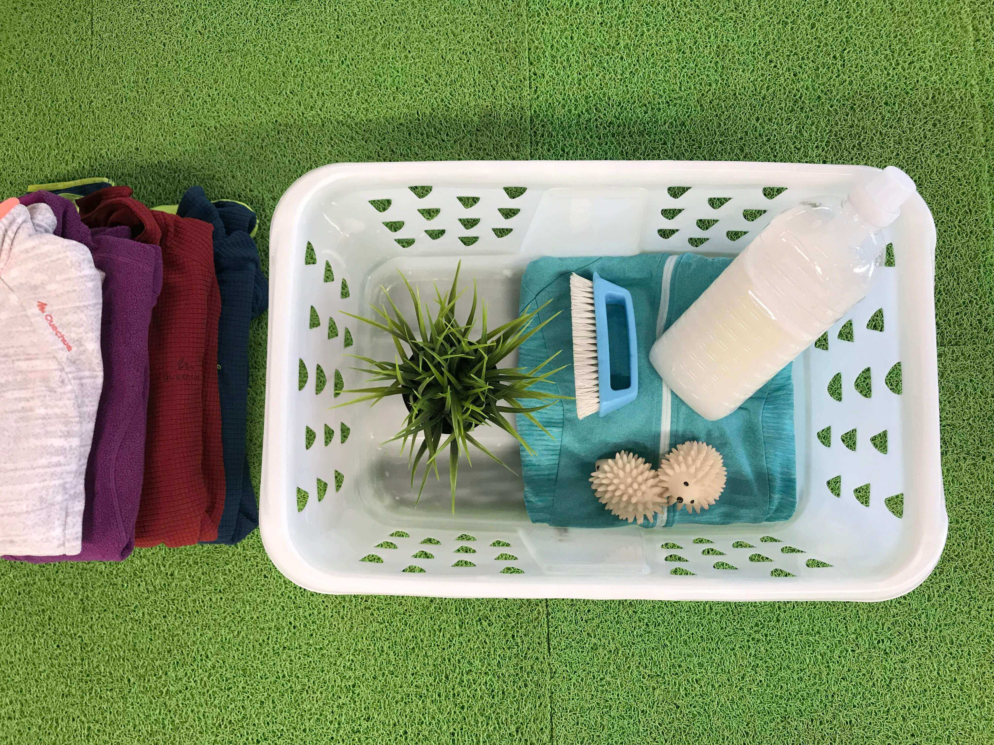 How Do You Wash YourHiking Clothesin a More Eco-Friendly Way