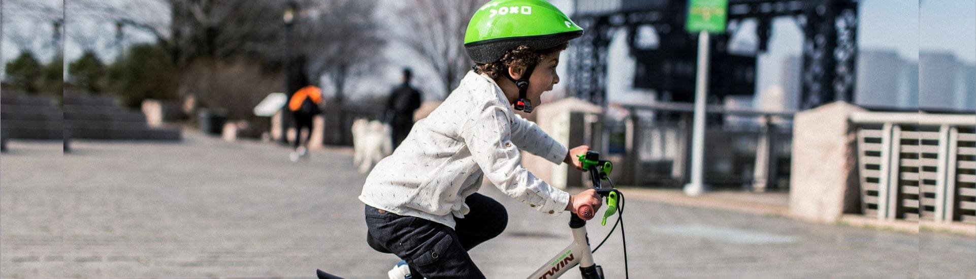 How To Teach Your Kid To Ride A Bicycle (4 Steps)
