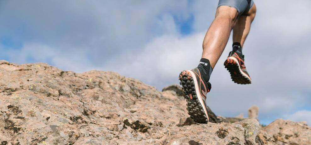 How to Choose The Best Running Socks (Buyer's Guide)