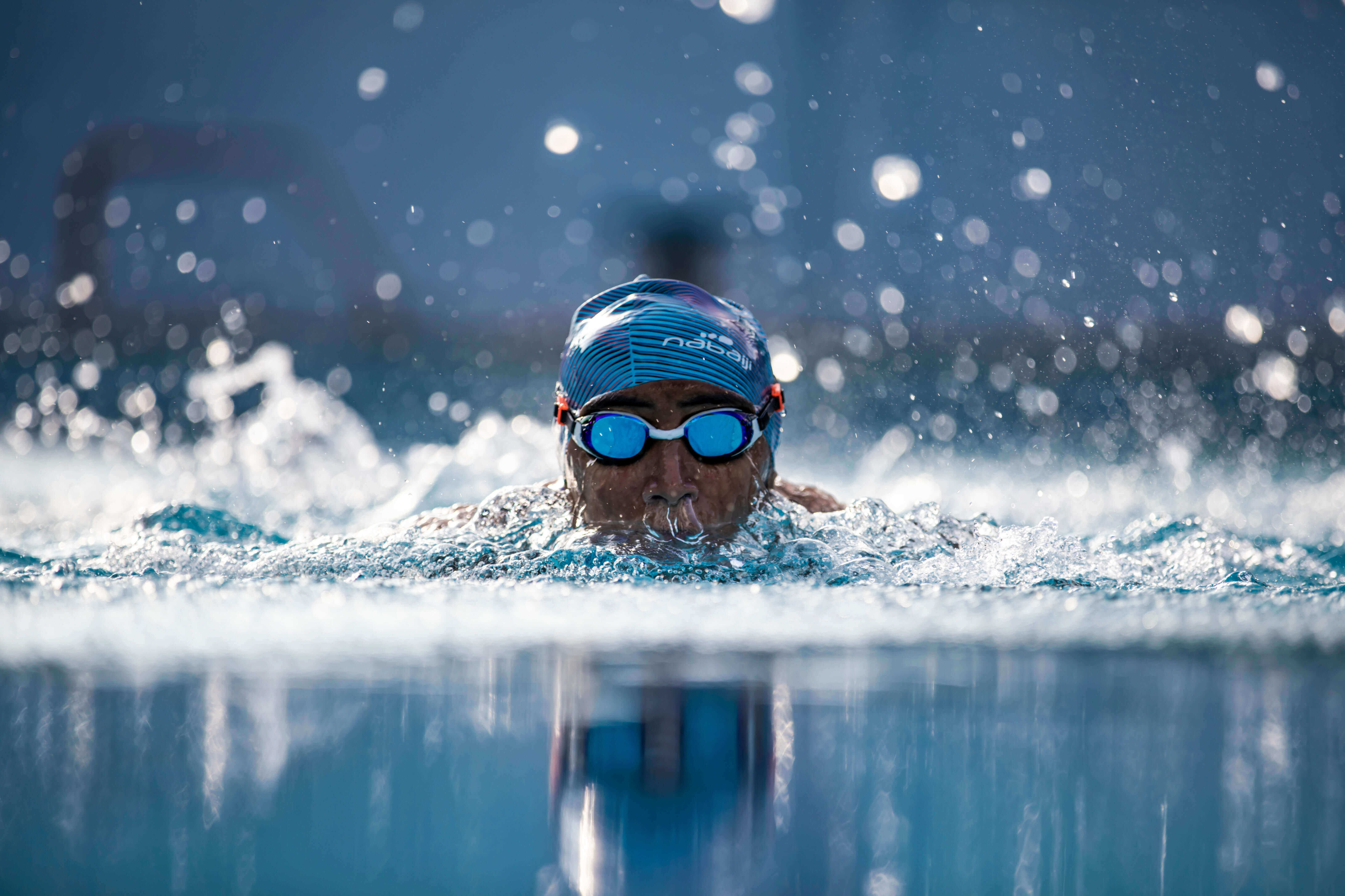 Swimming For Beginners: How To Learn Breaststroke (4 Steps with Videos)