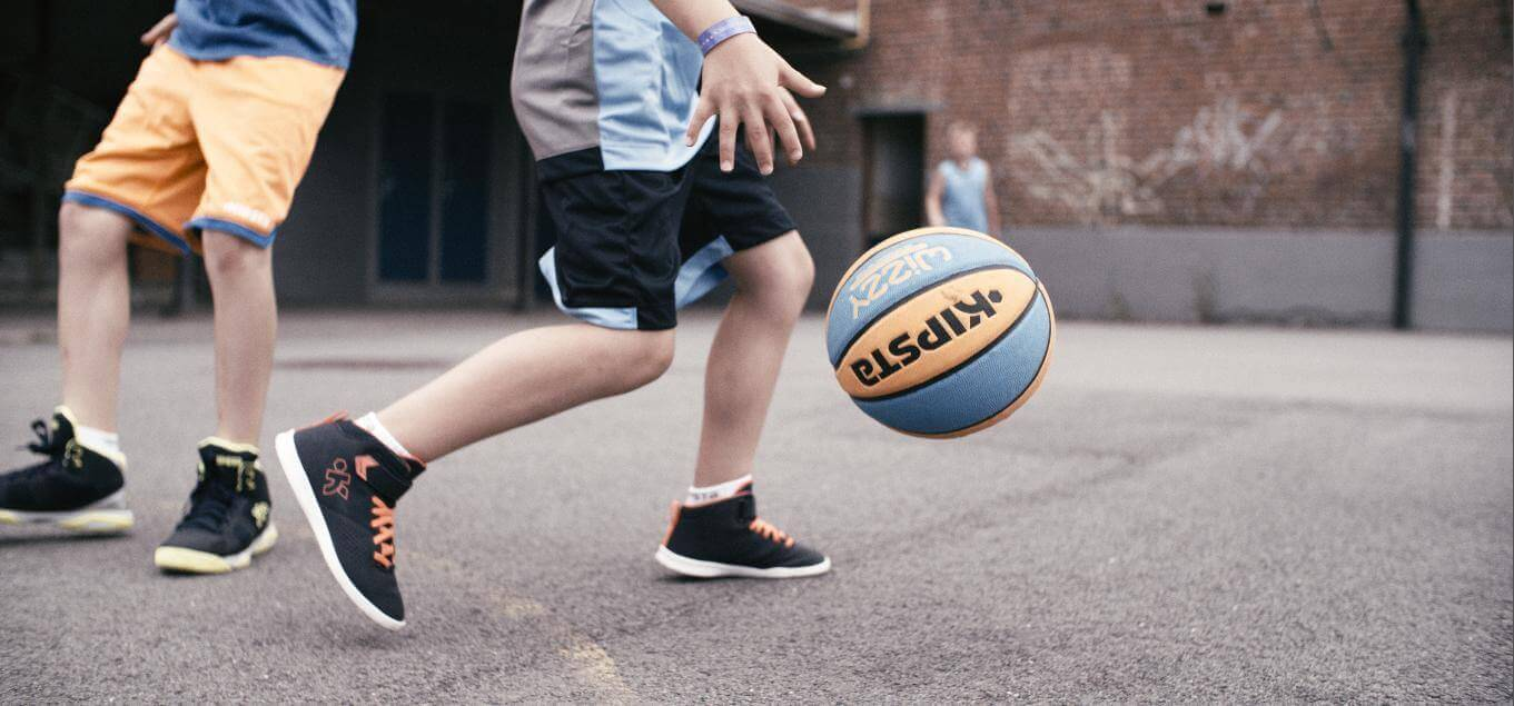 How to Choose Your Basketball (Buyer's Guide)