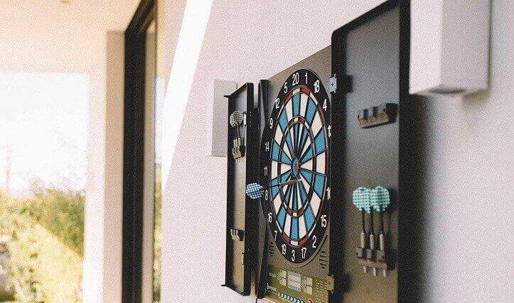 How to Choose a Dartboard