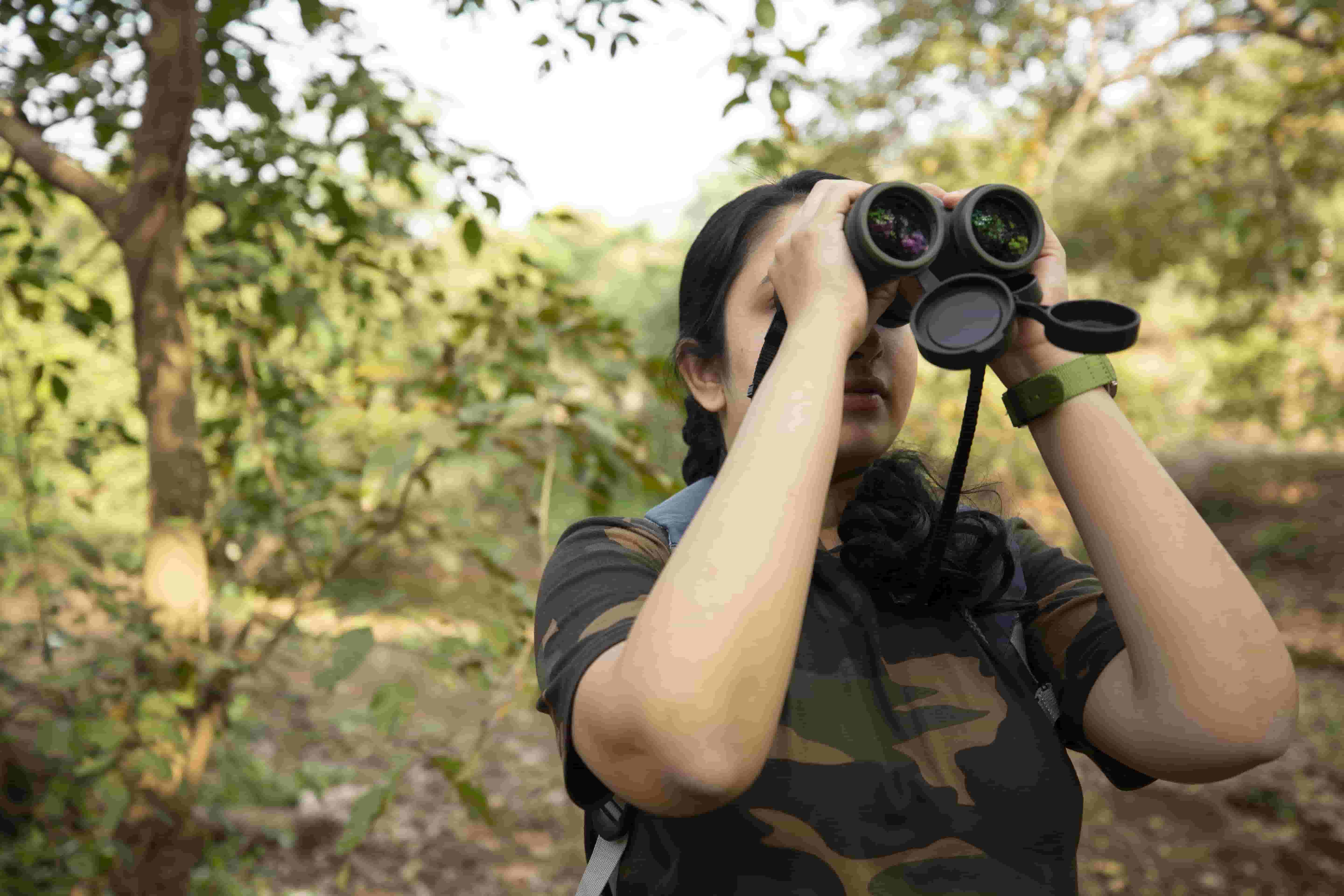 Top 10 Things All Bird Watchers Need