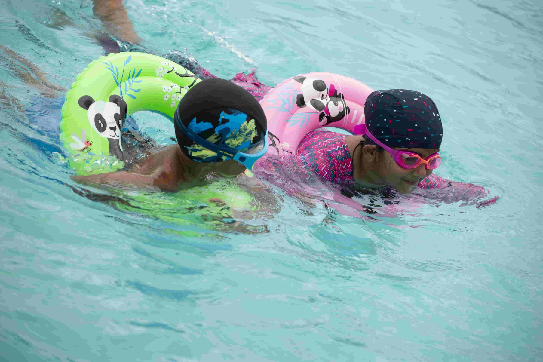 How to teach kids to swim?