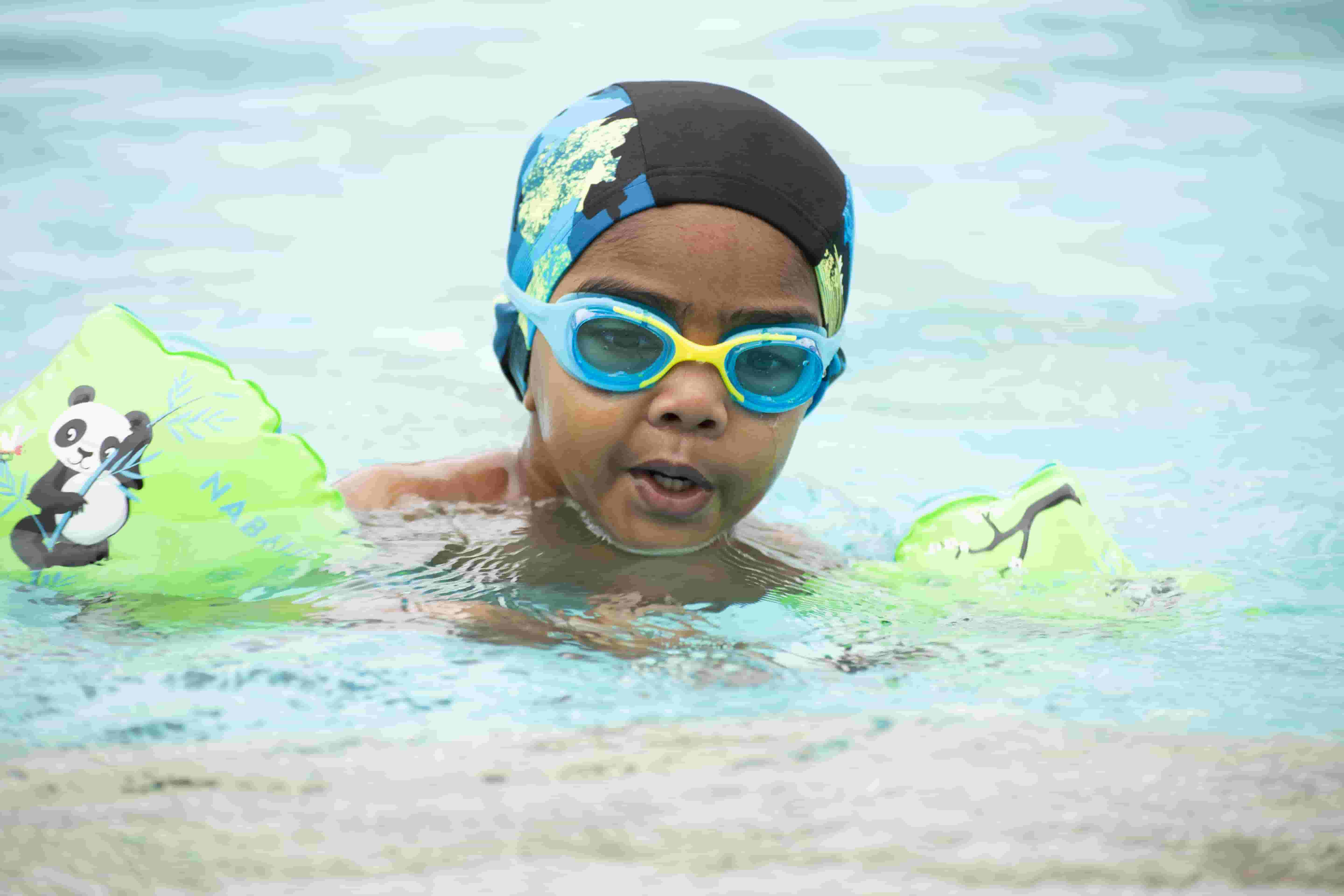 How To Swim For Beginners ? (Step By Step Guide)